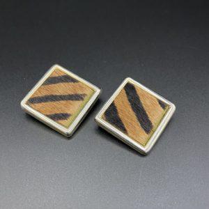 boucles d oreilles clips vintage cuir zèbre 1980