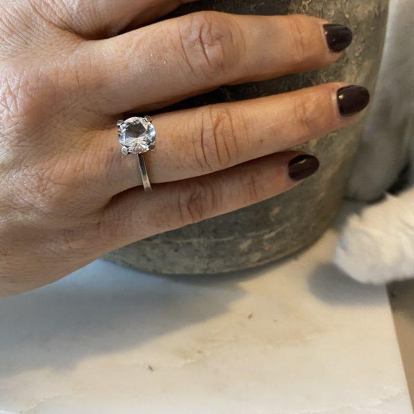 bague Niels Erik scandinave cristal de roche 1960 vase beton chat